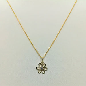 Jewelry - 14k Yellow Gold 18inch Flower CZ Necklace Pendant